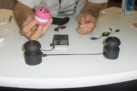 Tweakers portable audio speakers