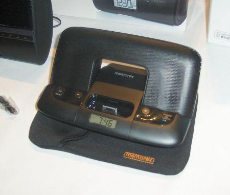 Memorex compact travel speaker ipod dock and clock