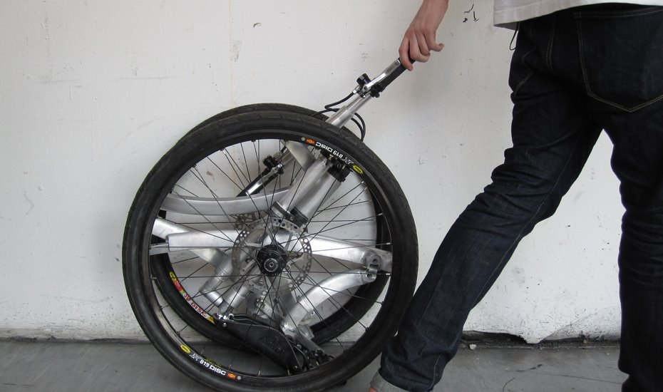 dominic.hargreaves-foldingbike3.jpg.jpg