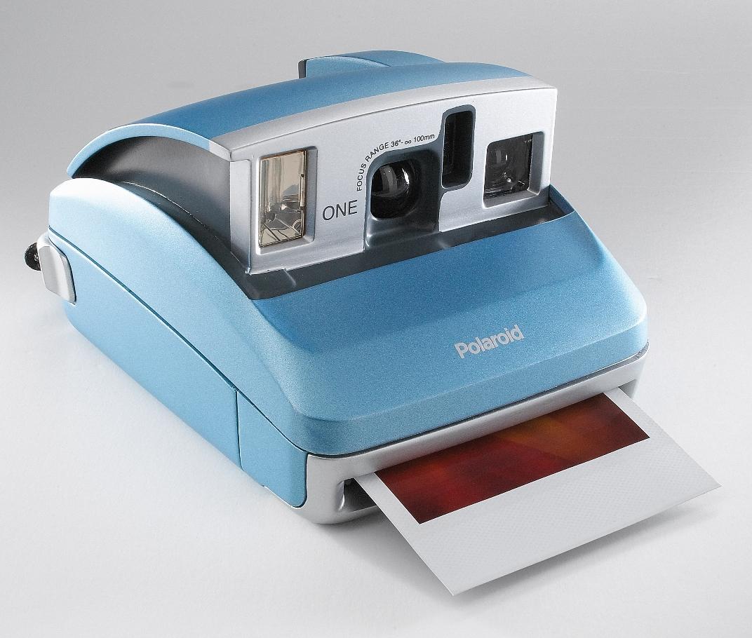 Polaroid-600-Camera