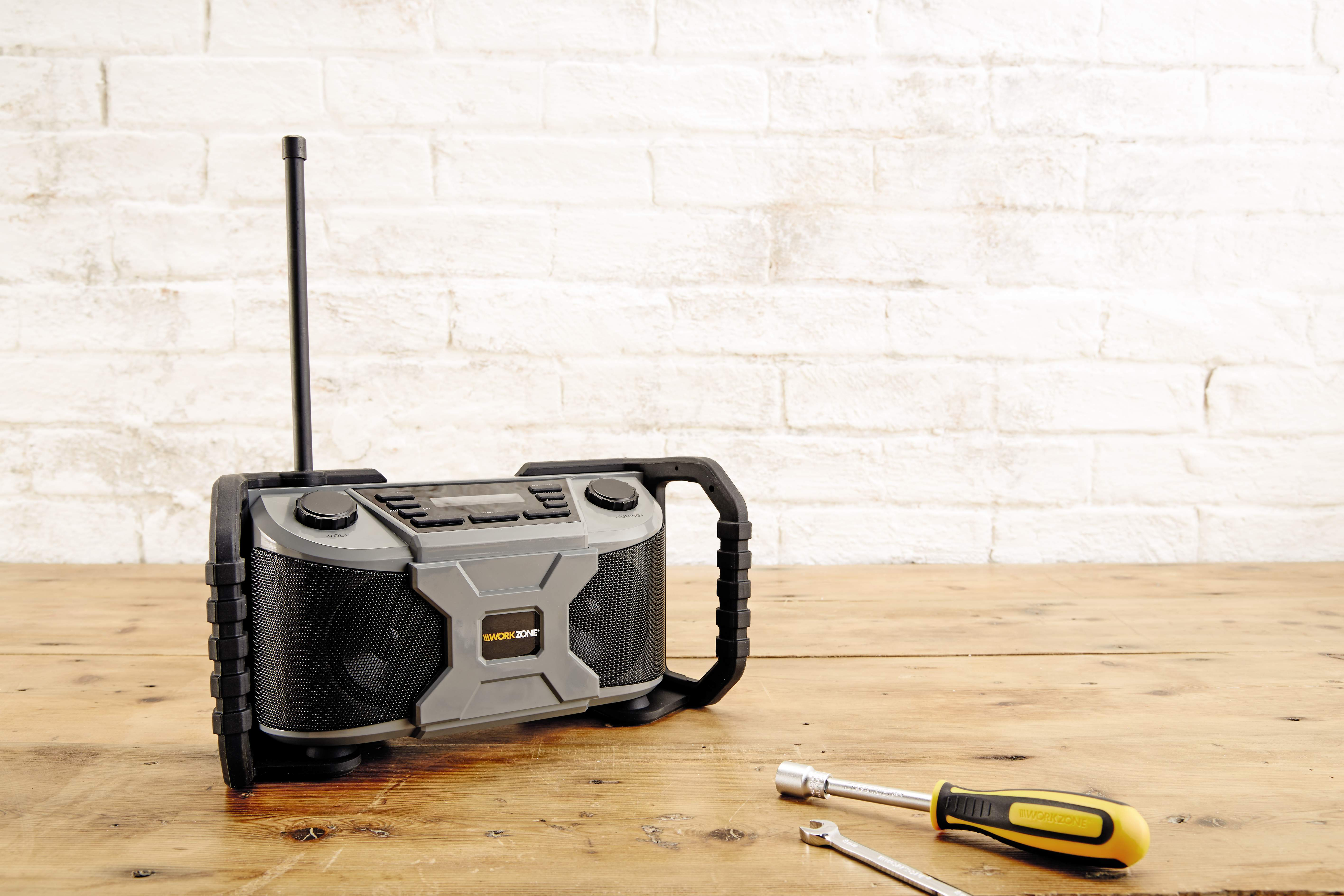 Aldi Workzone Rugged Dab Radio Review Absolute Gadget